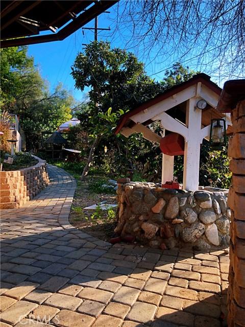 1574 Dorothea Road, La Habra Heights CA: http://media.crmls.org/medias/651e07e8-4700-4c4d-a1a8-a56d883989be.jpg