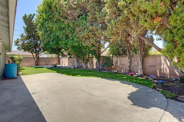 1537 W Cris Pl, Anaheim, CA 92802 Photo 10