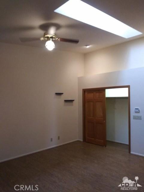 9351 Brookline Avenue, Desert Hot Springs CA: http://media.crmls.org/medias/6529c777-d7cb-424a-83b2-8c34f19214f9.jpg
