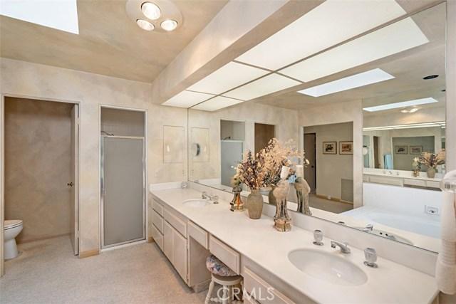 42 Lafayette Drive, Rancho Mirage CA: http://media.crmls.org/medias/653776b4-821a-4f16-9203-089253024f56.jpg