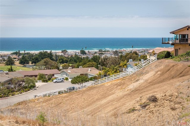 Property for sale at 670 Sequoia Court, Morro Bay,  CA 93442