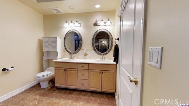 414 E Valencia Avenue Unit 212 Burbank, CA 91501 - MLS #: 318000655
