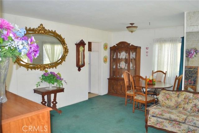 6428 Bonnie Vale Avenue, Pico Rivera CA: http://media.crmls.org/medias/6554fe06-275a-419d-9e3e-c8409af2479f.jpg