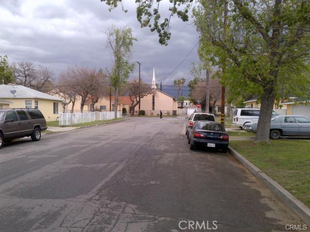 1512 Wall Avenue, San Bernardino CA: http://media.crmls.org/medias/65591f84-4b8f-4a88-a396-b461122c452c.jpg