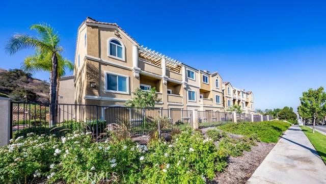 2818 Green River Road, Corona CA: http://media.crmls.org/medias/655c88cf-22f7-456a-a250-1d7600766206.jpg