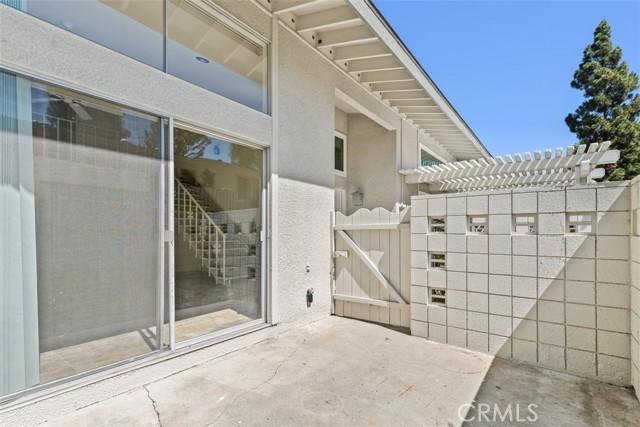 342 Avenida Sevilla, Laguna Woods CA: http://media.crmls.org/medias/6564e11c-3377-4fa6-bb91-b65195ac3916.jpg