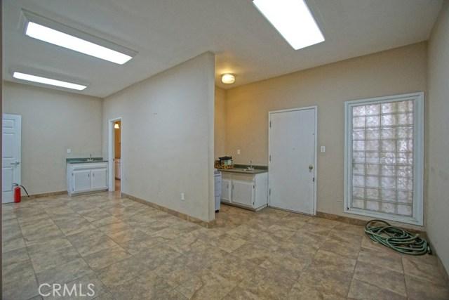 2785 W Ball Rd, Anaheim, CA 92804 Photo 14