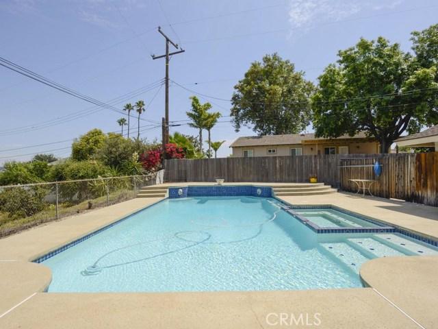 7891 Chula Vista Drive, Rancho Cucamonga CA: http://media.crmls.org/medias/657b5de0-2d58-4bb7-95cd-12ddf16c8c81.jpg