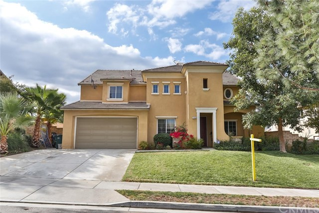 2160 Summerset Street Corona, CA 92879 is listed for sale as MLS Listing IG17249625