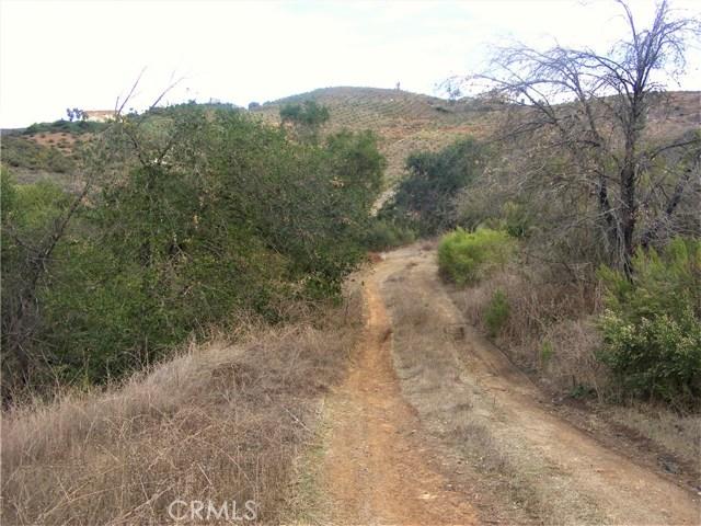 24755 Rancho California Road, Temecula CA: http://media.crmls.org/medias/6592abea-f020-4a1a-a980-006d23eedd9d.jpg