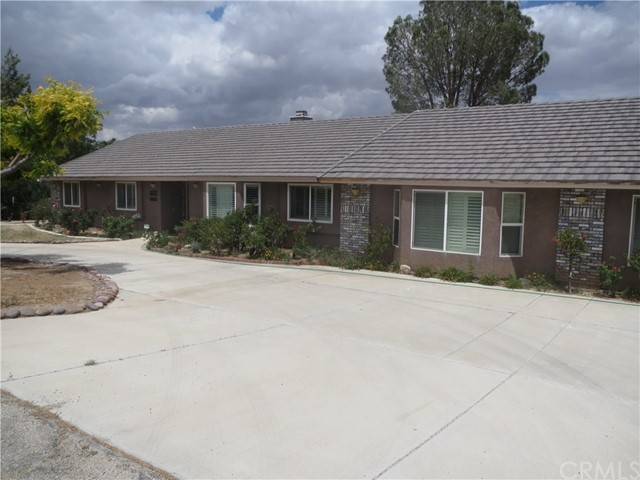 14885 Riverside Drive, Apple Valley, CA, 92307