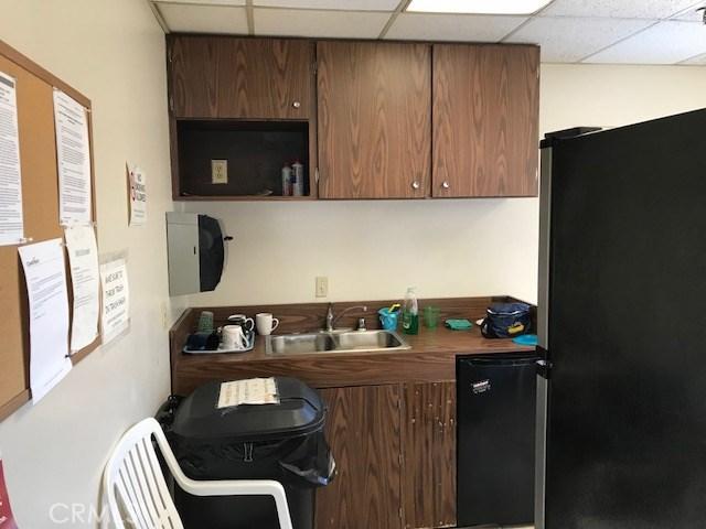 527 E Rowland Street Unit 202 Covina, CA 91723 - MLS #: CV18036193