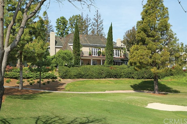 4 Cherry Hills Lane, Newport Beach CA: http://media.crmls.org/medias/65b20cf2-fe60-4f64-b724-35794dfaec2d.jpg