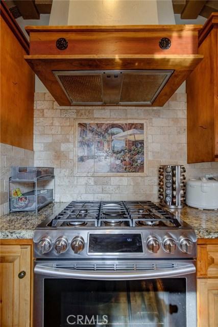 26357 Hillcrest Avenue, Lomita CA: http://media.crmls.org/medias/65b2d296-f423-4aa2-a2e0-7986d64f10e5.jpg