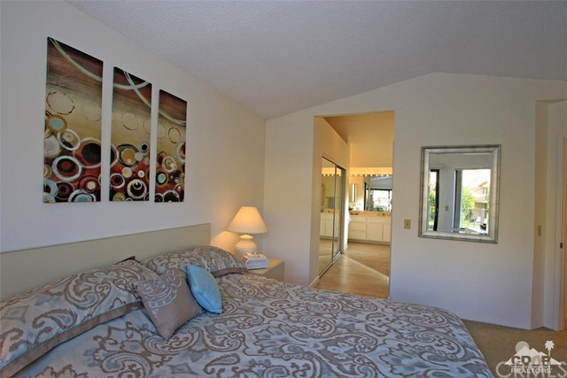 54673 Tanglewood, La Quinta CA: http://media.crmls.org/medias/65bc9207-6cf6-4e0b-b61a-5ed9cbbc1921.jpg