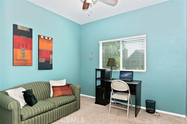 6387 Juneberry Way, Riverside CA: http://media.crmls.org/medias/65c0be2a-f3db-4c4e-b58b-3b84b1f31643.jpg