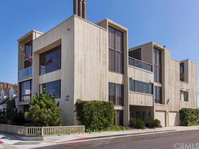 939 Bay Avenue, Newport Beach, California 92661, 4 Bedrooms Bedrooms, ,2 BathroomsBathrooms,Residential Purchase,For Sale,Bay,SW21201852