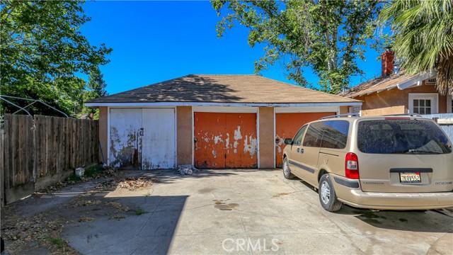 1625 E Olive Avenue, Fresno CA: http://media.crmls.org/medias/65c6d677-7143-4bdc-988e-62f8ea724bef.jpg
