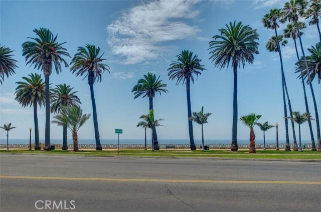 1045 Ocean Avenue, Santa Monica CA: http://media.crmls.org/medias/65c9768d-9925-4321-9a13-a37dcac469b1.jpg