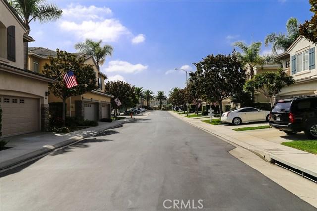 18611 Park Ridge Lane, Huntington Beach CA: http://media.crmls.org/medias/65cb85c8-8933-45ca-986e-c9f51527b2c2.jpg