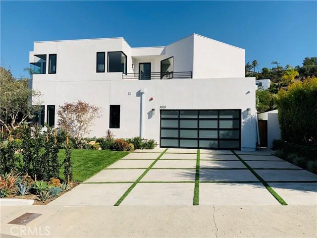 3020 Dona Emilia Drive, Studio City CA: http://media.crmls.org/medias/65cd1db2-7975-4cfa-b1f8-5a4fb3a714e9.jpg