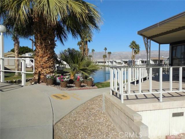 84250 Indio Springs Drive, Indio CA: http://media.crmls.org/medias/65d1a25c-a83f-411b-9853-698e3ae587a2.jpg