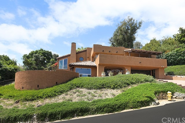 1930 Upper Rim Rock Road, Laguna Beach, CA 92651