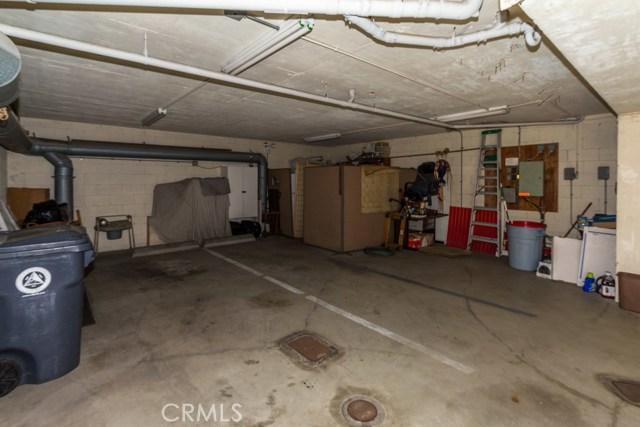 4108 Highland Avenue, Manhattan Beach CA: http://media.crmls.org/medias/65df5946-9e63-4d3e-a00e-653d2bd08c66.jpg