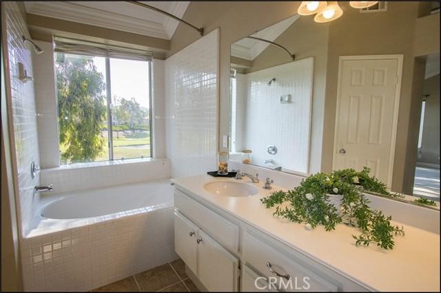 12 Cascada, Rancho Santa Margarita CA: http://media.crmls.org/medias/65eb1abd-dc70-4054-9a14-2f292f6197f9.jpg