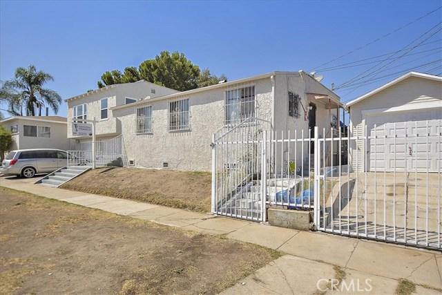 817 W 90th St, Los Angeles CA: http://media.crmls.org/medias/65ebf7eb-0374-444a-b10e-1464c427ccd5.jpg