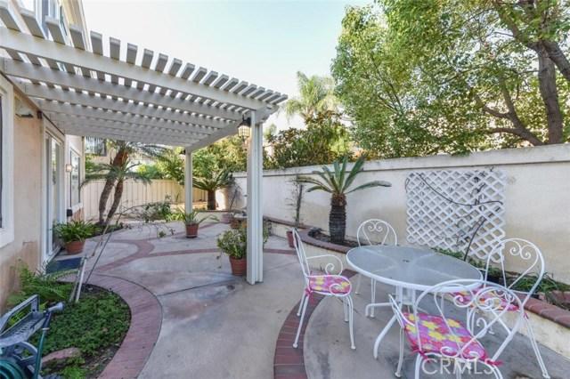 1 Calavera, Irvine CA: http://media.crmls.org/medias/65ebfff2-2797-47df-8186-698327a2dba7.jpg