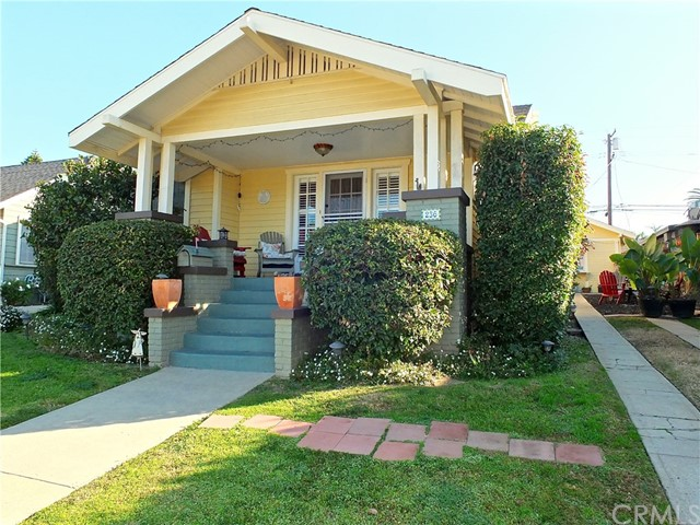 Duplex for Sale at 236 Ximeno Avenue 236 Ximeno Avenue Long Beach, California 90803 United States