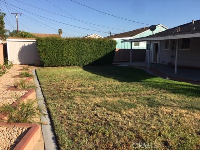 1011 E Greendale Street, West Covina CA: http://media.crmls.org/medias/65fec76b-ac7c-44fe-990d-4c6638924cae.jpg