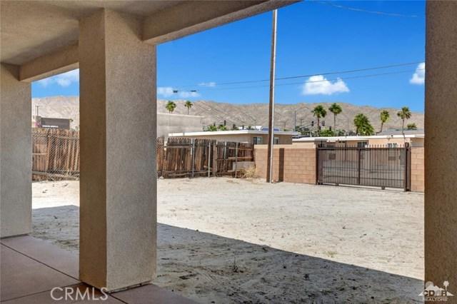 13062 Caliente Drive, Desert Hot Springs CA: http://media.crmls.org/medias/66024cf5-adf3-4ce0-8654-62fd54861d83.jpg