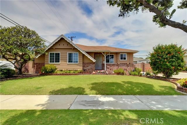 6209 Hungerford Street, Lakewood CA: http://media.crmls.org/medias/6607f230-4f81-41da-a825-b1c10f65c71f.jpg