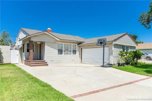 2130 N Spruce Street Santa Ana, CA 92706 - MLS #: RS17172949