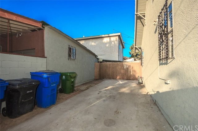 5608 Naomi Avenue Los Angeles, CA 90011 - MLS #: DW18184721