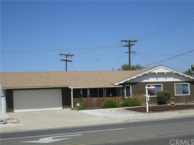 28547 Bradley Road, Menifee CA: http://media.crmls.org/medias/66399488-9993-45f2-bb07-f3bdc8ae817b.jpg