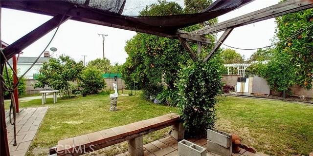 547 N Morada Avenue, West Covina CA: http://media.crmls.org/medias/663ebfb2-6afa-418b-98f6-e06a41e2a463.jpg
