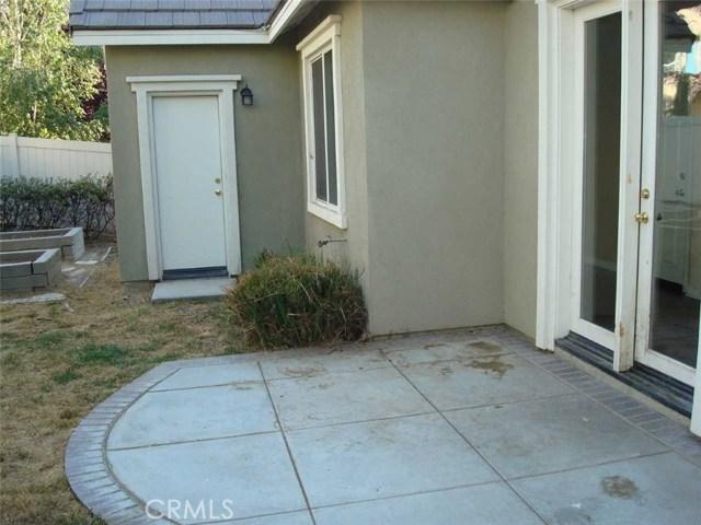 16029 Lantana Avenue, Chino CA: http://media.crmls.org/medias/6645c50b-138d-4e0b-8dea-3e702868ecda.jpg