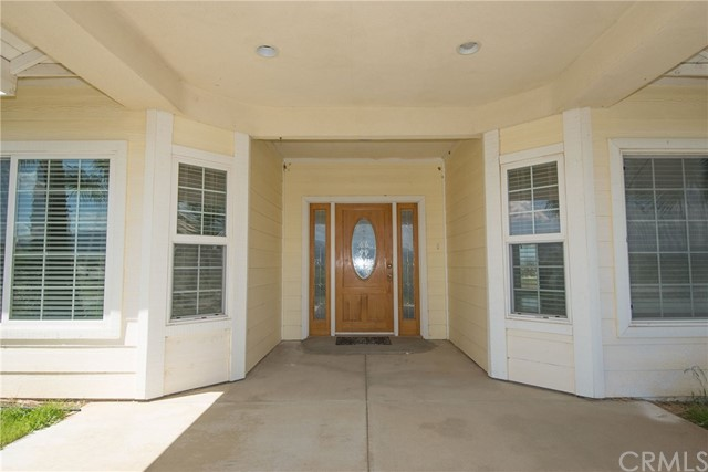 36245 Palmador Ln, Temecula, CA 92592 Photo 3