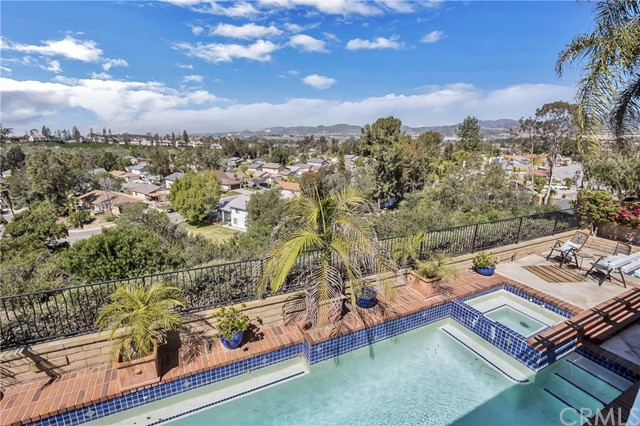 27631 Cenajo Mission Viejo, CA 92691 is listed for sale as MLS Listing OC17049089