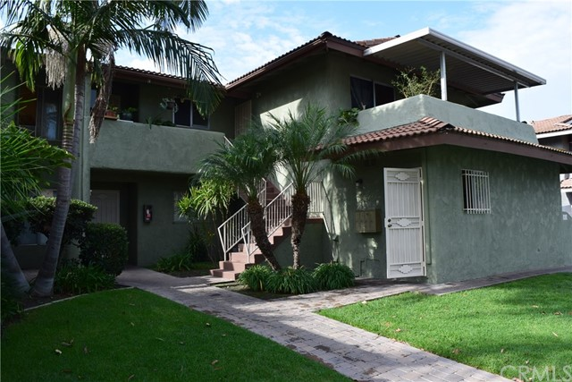 1918 E Del Mar Avenue Orange, CA 92865 is listed for sale as MLS Listing PW17206371