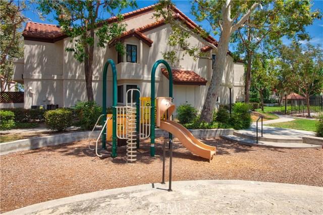 8319 Vineyard Avenue, Rancho Cucamonga CA: http://media.crmls.org/medias/665f4886-d2a5-42a6-8116-9a5d18443147.jpg