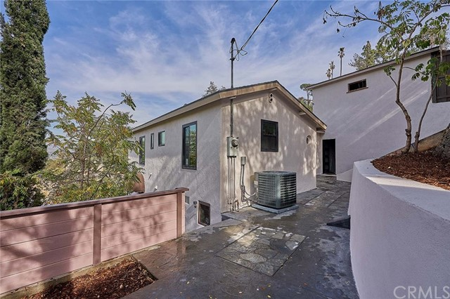 2275 Lake Shore Avenue Los Angeles, CA 90039 - MLS #: RS18264730