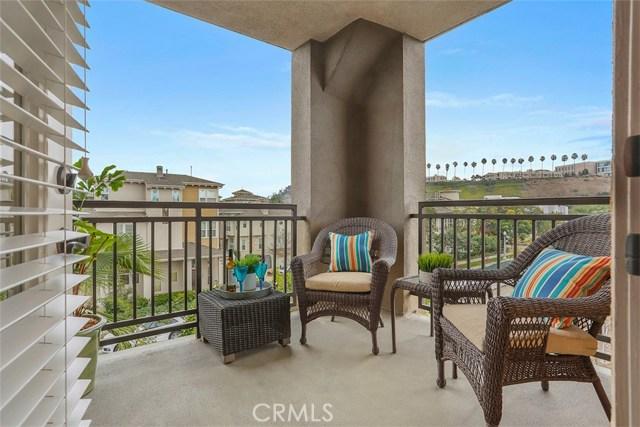 6020 Seabluff Drive 324  Playa Vista CA 90094