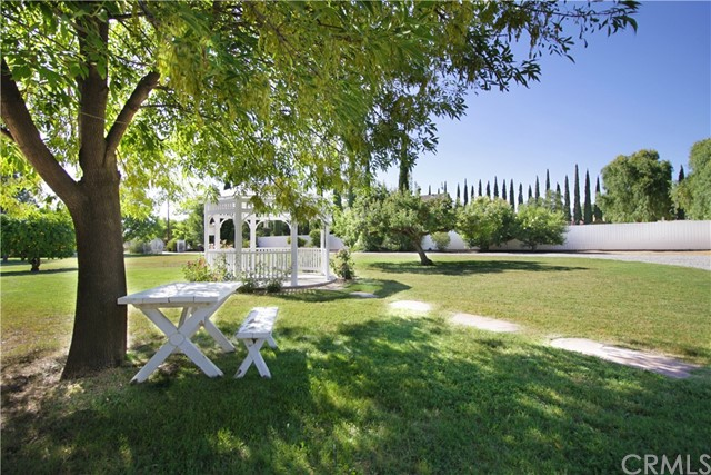 11250 Sunnyslope Avenue, Cherry Valley CA: http://media.crmls.org/medias/66848595-3868-4cdc-b074-9d74f6979495.jpg