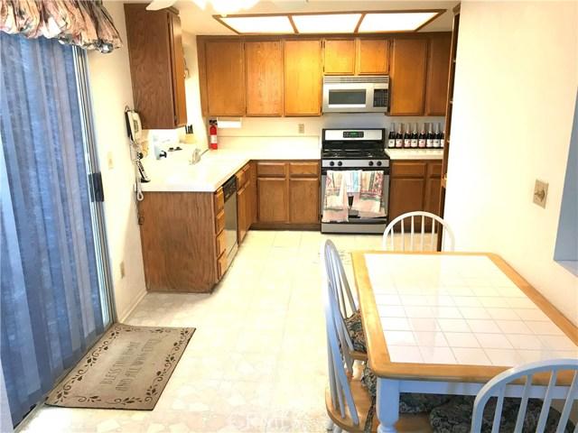 37411 Litchfield Street, Palmdale CA: http://media.crmls.org/medias/6686fe40-533d-4b99-b261-36f414c24112.jpg
