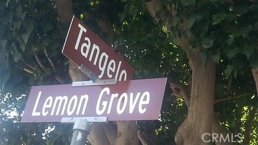 417 Tangelo, Irvine CA: http://media.crmls.org/medias/668ca261-77c4-440d-8b5a-7e73b0cafb2a.jpg
