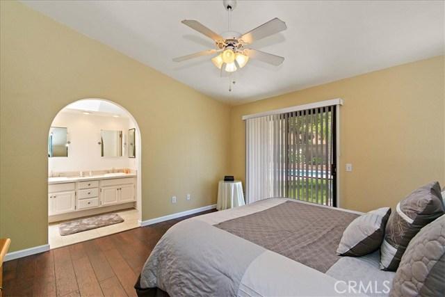 1203 Duke Lane, Walnut CA: http://media.crmls.org/medias/66917263-3435-4532-8936-52c919a7a98a.jpg
